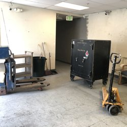 Преместване на каси, техника, апаратура, сейфове